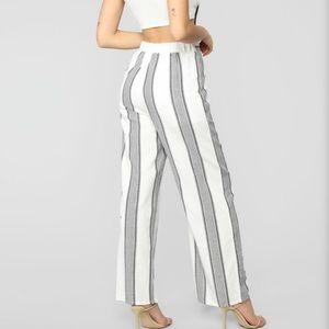 NWT Haute Monde wide leg pants